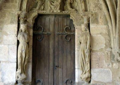 Cloître, porte de la Vièrge, XIIIe siècle