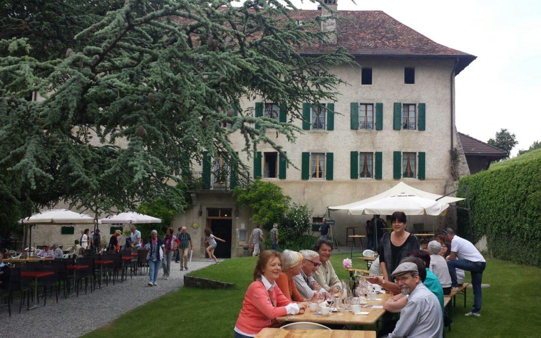 Repas à l'abbaye de Salaz à Ollon